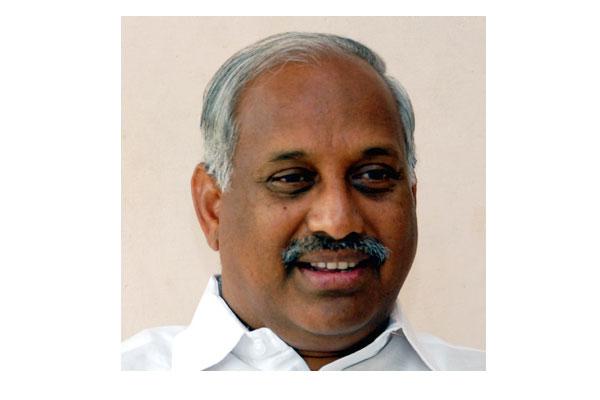 Naidu, KCR and Jagan will support Congress: Ex MP