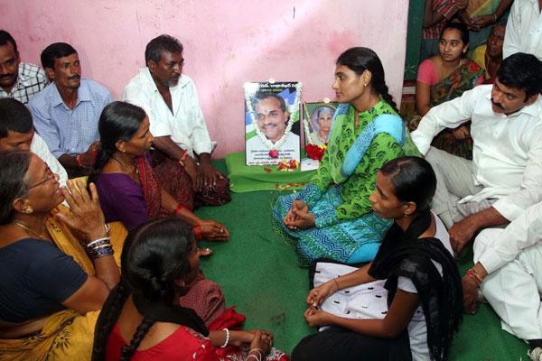 Sharmila Unbound: Paramarsha to enter Adilabad