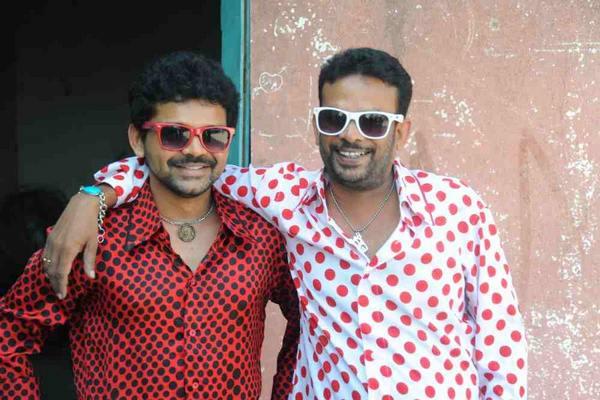 Jogi Brothers in Majnu