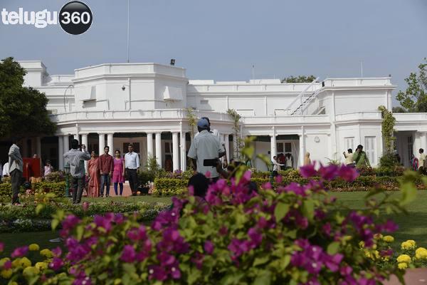 Rashtrapati Nilayam bollaram hyderabad visitors - Telugu360
