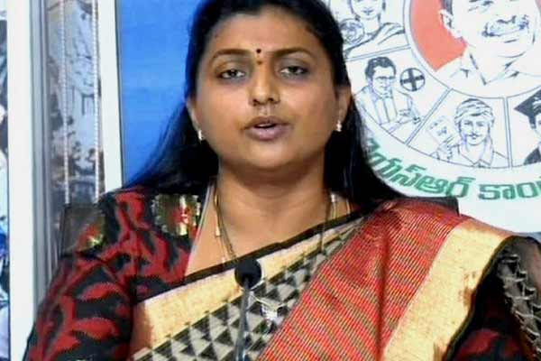 Chaos in Roja's Kuwait meeting ; Roja condemns her arrest news