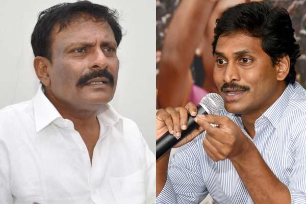 Rayalaseema activists Oppose Jagan's fast