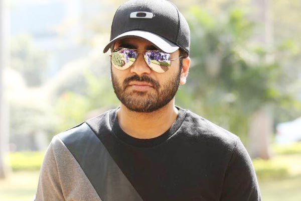 Sharwanand to romance with Lavanya Tripathi and Aksha