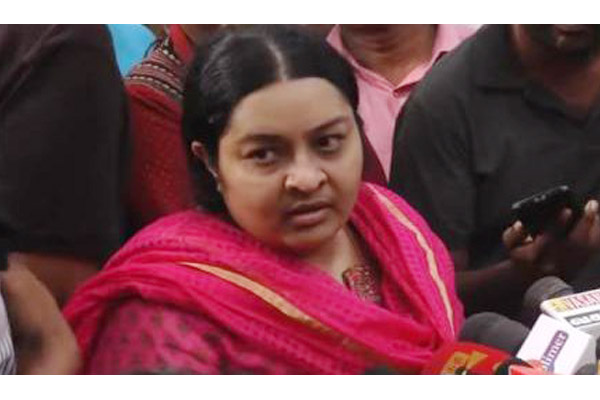 Deepa says Deepak and Sasikala should be punished for killing Jayalalithaa