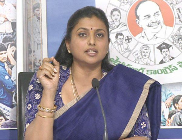 Jagan does not want to be CM for 30years: Roja