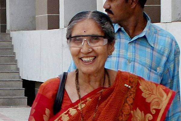 Modi Wife's 'Secret' Visit To Telangana!