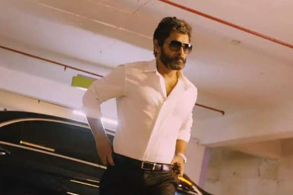 Chiyaan Vikram impresses yet again with a stylish makeover