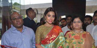 Shriya launches VRK Silks