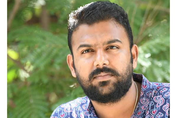 Pelli Choopulu director faces backlash from NTR fans