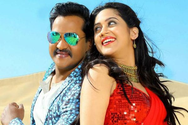 Sunil continues to sign Outdated Flicks