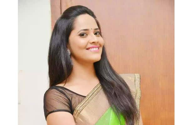 Anasuya In Manchu Compound