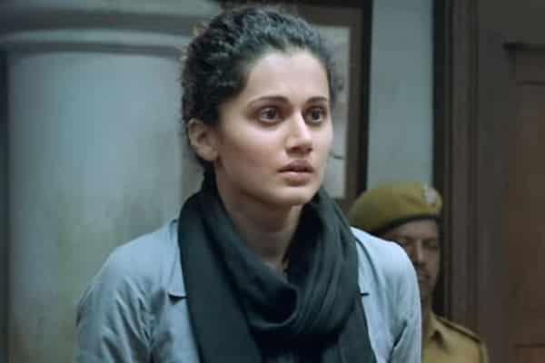 Actress apologizes to Raghavendra Rao