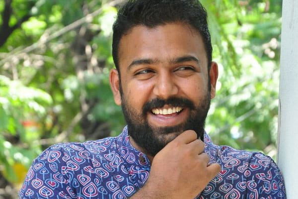Pelli Choopulu director's Next Updates