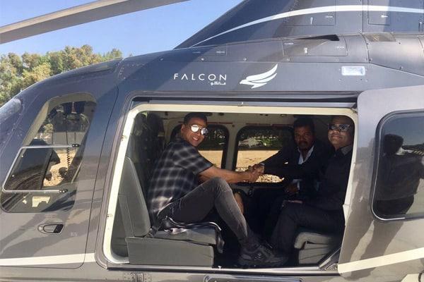 Akshay's Chopper ride with Shankar and Rahman