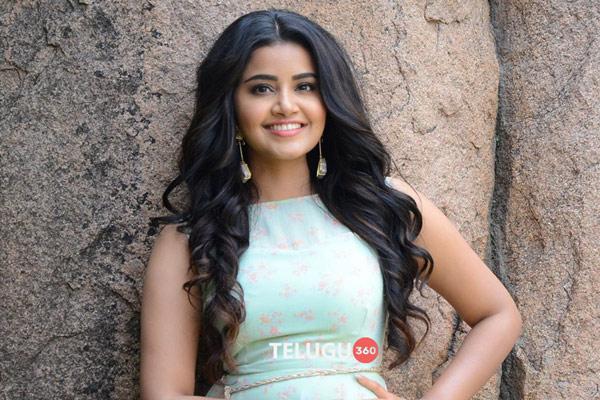 Anupama Parameswaran VOZ Interview Stills
