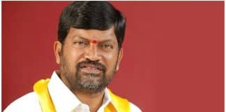 Ramana compares Revanth to back-stabber Nadendla