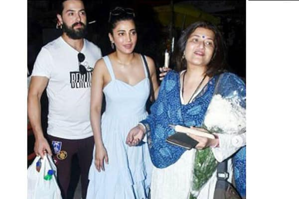 Shruti Hassan's Special Luncheon with Her Mom!