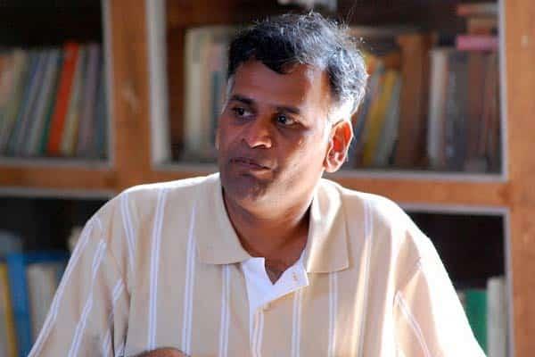 Shankar ropes in acclaimed writer