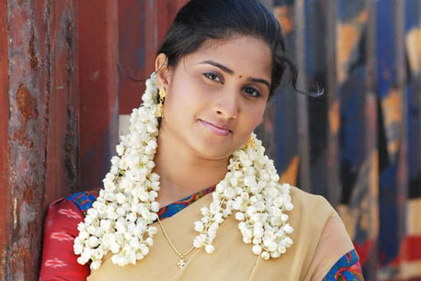Shamili aims a comeback in Tollywood