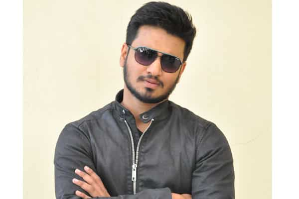 Actor Nikhil compares Pawan with mountain and RGV with Dog