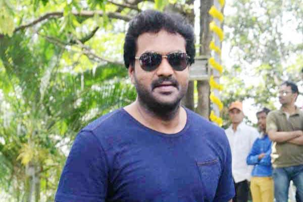 Sunil turns security officer for NTR - Trivikram's Next