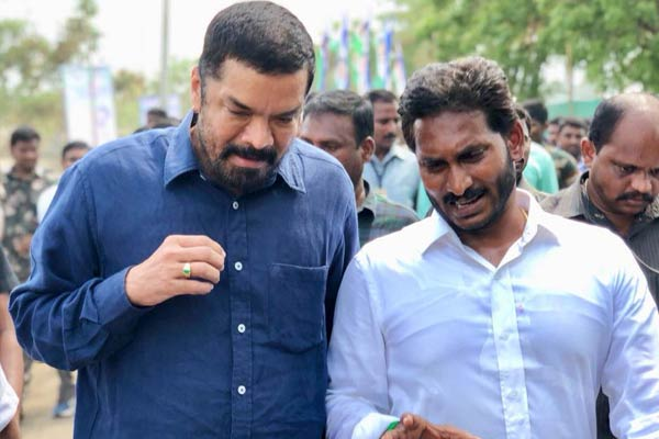 Posani Krishna Murali meets YS Jagan, to build team for campaign