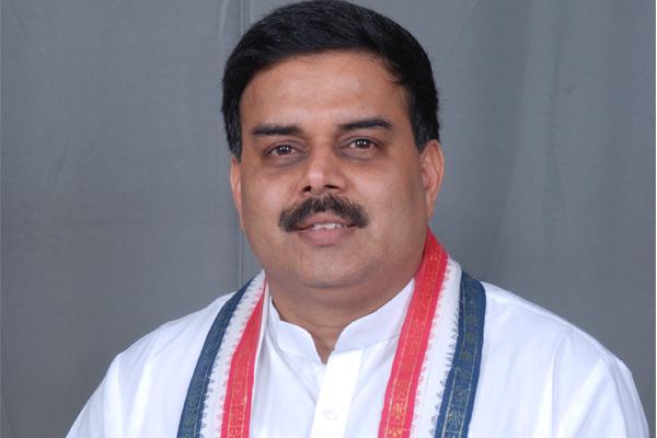 Nadendla Manohar to join Jana sena?