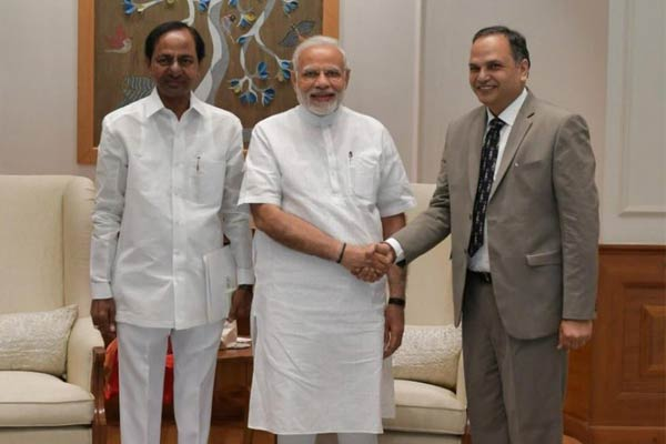 Telangana CM meets PM, seeks Rs 20,000 cr for Kaleshwaram