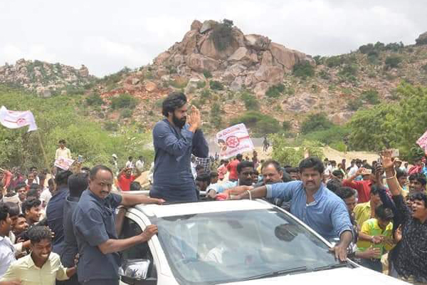 TV9 interviewed Pawan without revealing channel identity?