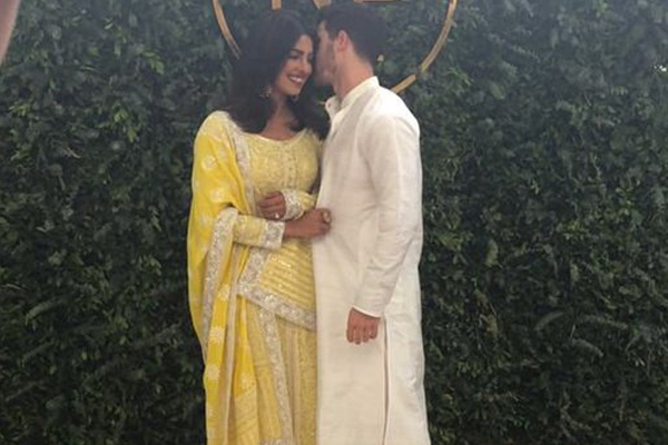 Priyanka Chopra and Nick Jonas confirm engagement in matching Instagram posts