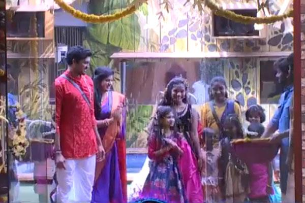 Vinayaka Chavithi celebrations at Big Boss house