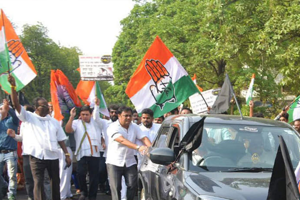 Opposition joins hands over Bharat Bandh