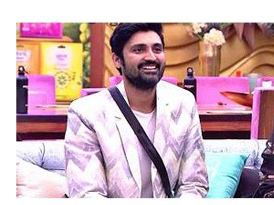 Big Boss Telugu 2 Samrat is the first contestant to reach finale
