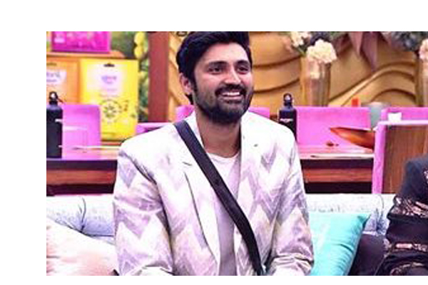 Big Boss 2 : Samrat is the first contestant to reach finale
