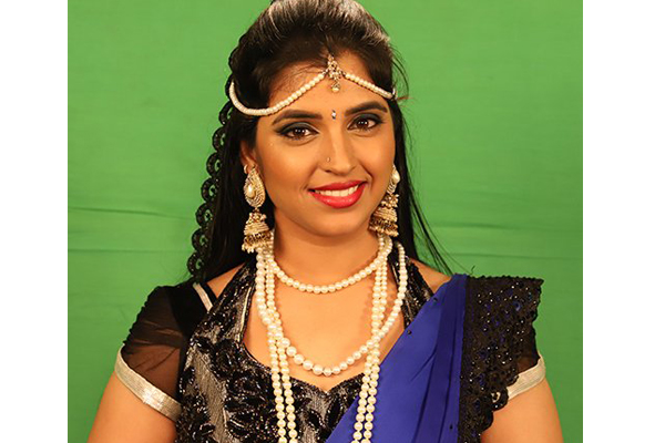 Bigg Boss telugu 2: Anchor Shyamala evicted