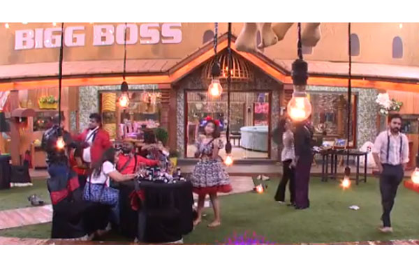 Bigg Boss 2:  Gala time in the house before Finale