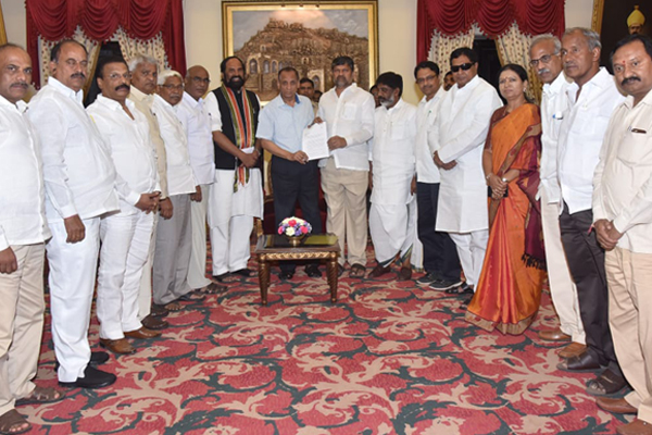 Congress, TDP, CPI form alliance in Telangana