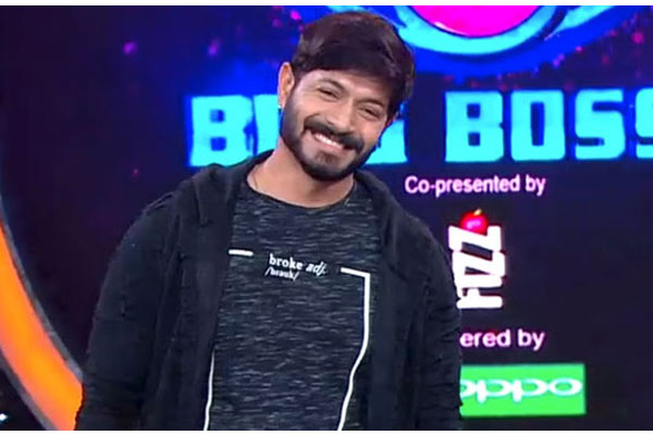 """Bigg Boss 2: """"Why should you vote me ? """" campaign"""