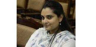 Case filed on Ramya alias Divya Spandana for defaming tweet on Modi