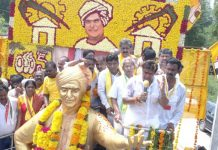Balakrishna does it again, fans demand apology