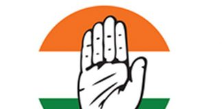2 top TRS leaders join Congress