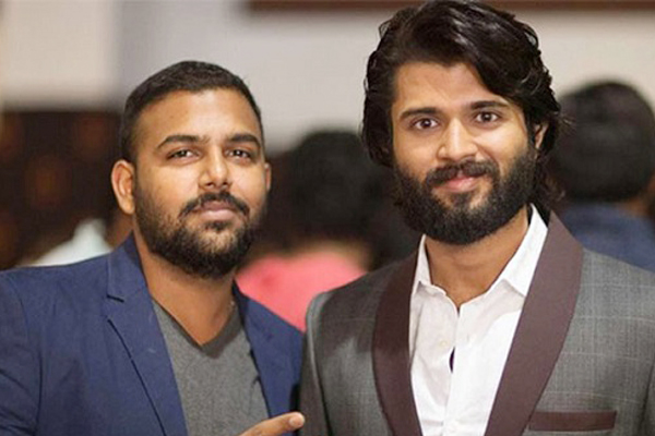 Vijay Deverakonda all set to re-launch his Director