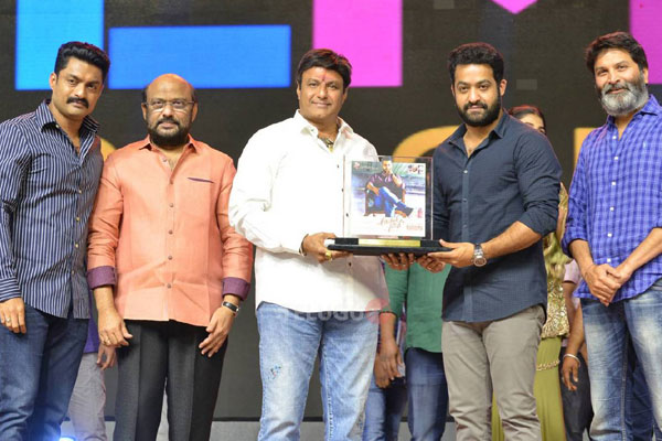 Aravinda Sametha Success Meet Last set
