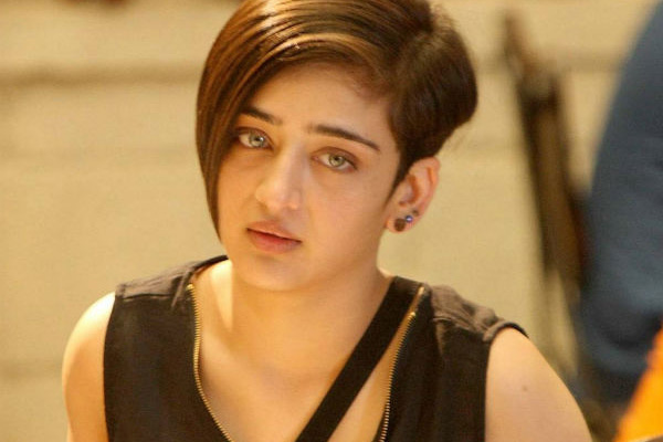 Akshara Haasan reaches cyber cell on private pictures leak