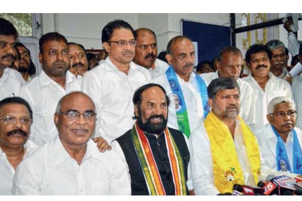 Congress -JD(S) win in Karnataka by-poll :Doest it mean good news for Mahakutami in Telangana