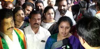 Purandeswari's blessings to Nandamuri Suhasini