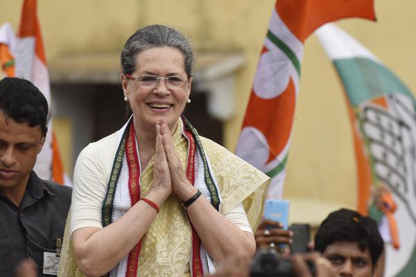 Sonia Gandhi to visit key segments of TS in just two days