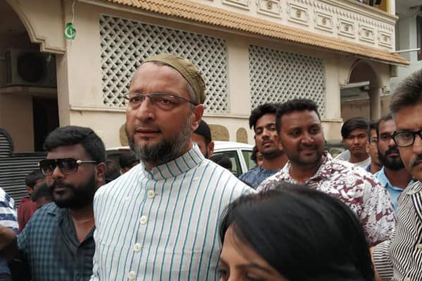 'Come on, kill me': Owaisi's retort to BJP leader