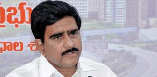 Jagan insulted Polavaram engineers and workers: Devineni
