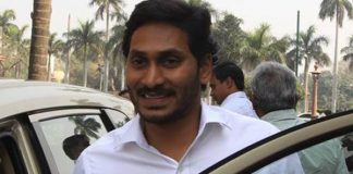 Are AP voters seeing Jagan as an agent of KCR